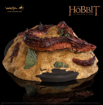 Der Hobbit SMAUG KING UNDER THE MOUNTAIN
